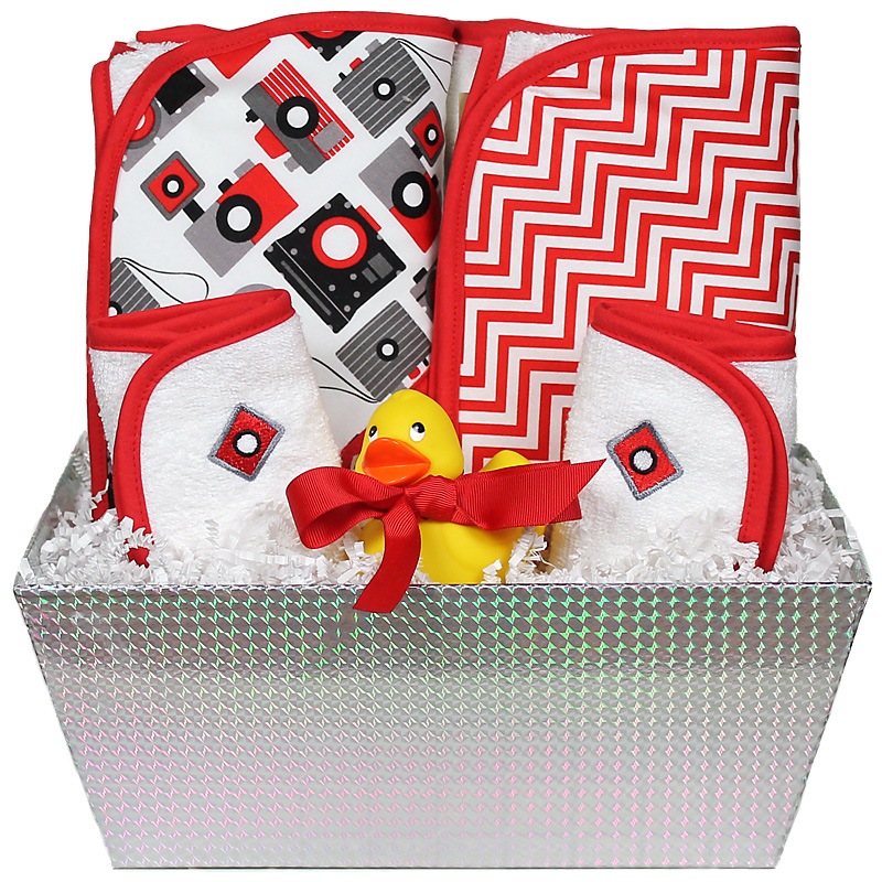 """Wild About Prints"" Bath Towel Red Camera Unisex Gift Set"